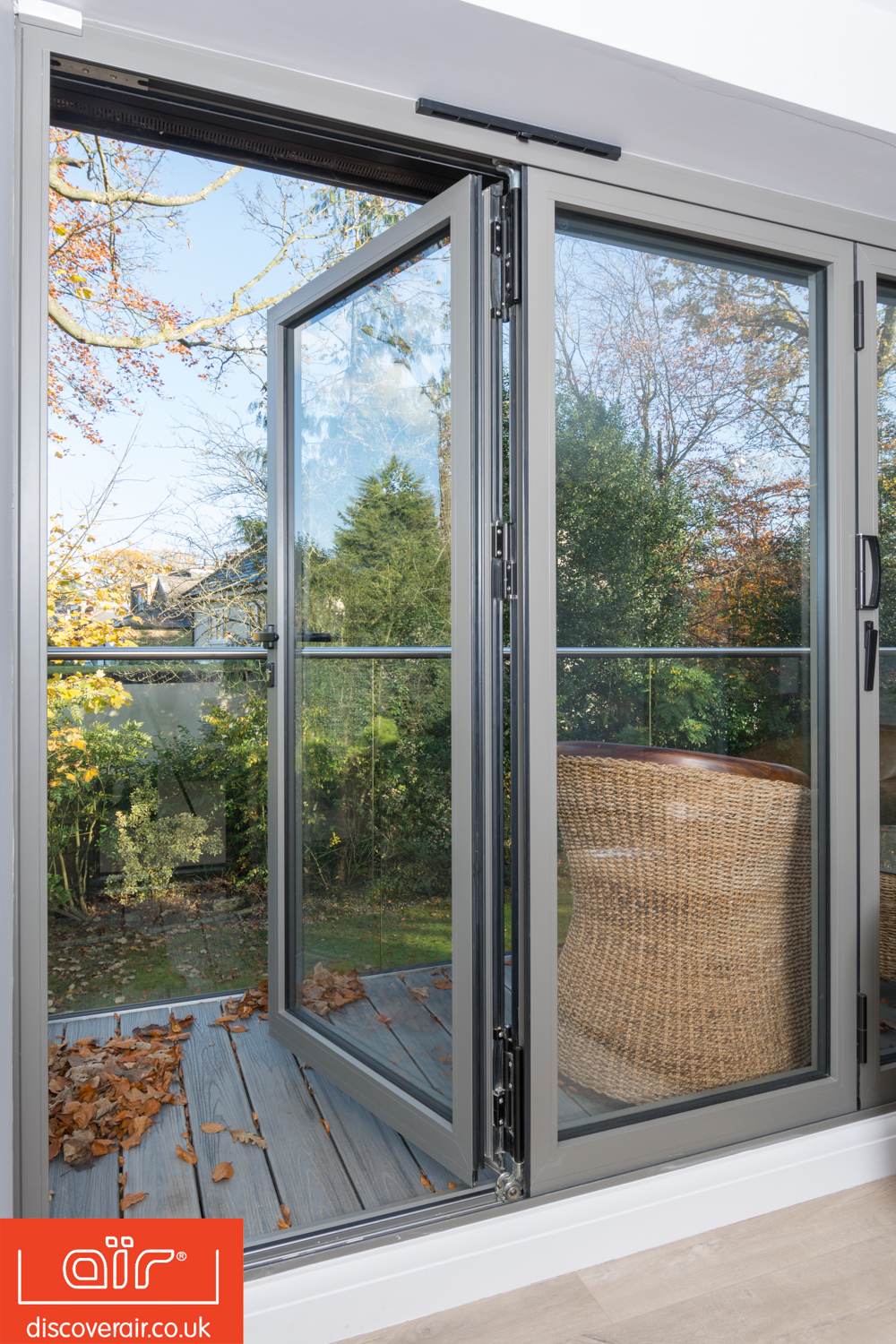 air-bifold-doors-everglade-windows-iver