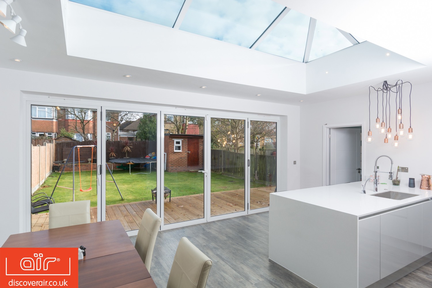 air-bifold-doors-everglade-windows-kensington