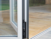 air-bifold-doors-everglade-windows-kingsbury