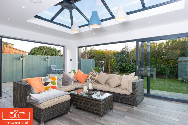 aluminium sliding doors from everglade perivale. Black Bedroom Furniture Sets. Home Design Ideas