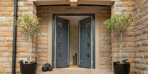 gallery-entrancedoors